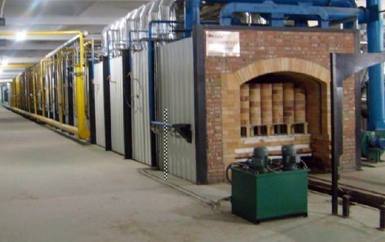 在耐火材料生产中如何使用红外测温仪